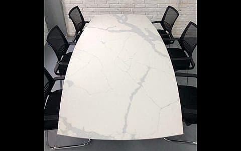 стол из Statuario Classico