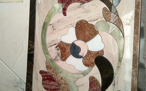 соединение элементов мозаики в единое целое